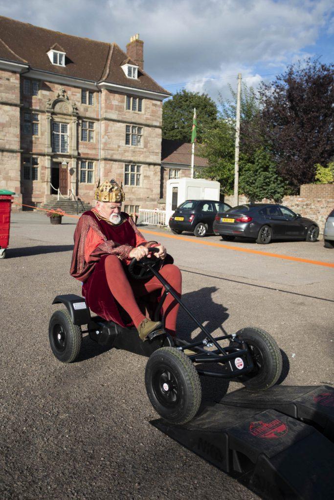 Henry V tries Go-karting